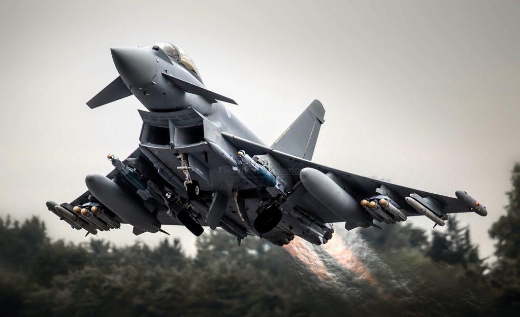 Отечественные ПВО развернули английские истребители Eurofighter Typhoon у пределов Сирии?
