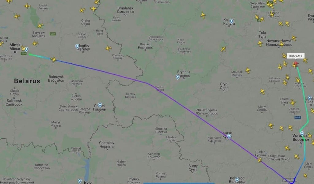 Самолет Belavia, последующий с Минска в Анталию, отдал предупреждение о опасности